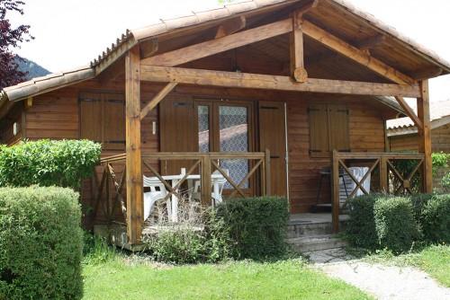 Achetez un chalet de vacances dans les pyrénées en Ariège à la Taillade de Montségur à Fougax et Barrineuf
