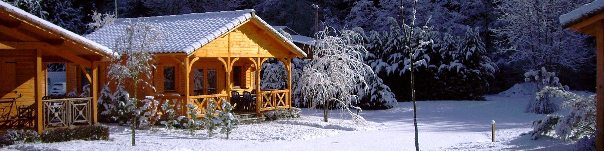 TAILLADE DE MONTSEGUR locations vacances Sud France, de type chalet en bois en Ariège dans les pyrénées pour vacances d'hiver station de sport d'hiver