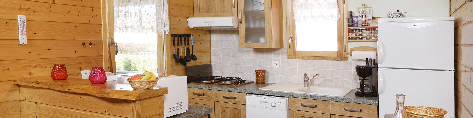 TAILLADE DE MONTSEGUR locations vacances Sud France, de type chalet en bois en Ariège dans les pyrénées à FOUGAX ET BARRINEUF